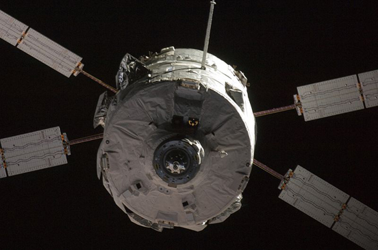 Jules Verne Automated Transfer Vehicle approaches the International Space Station on Monday, 31 March 2008