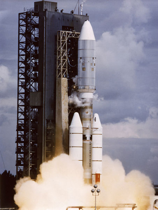 Voyager 2 launch on August 20, 1977 with a Titan IIIE/Centaur.
